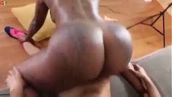 big bounsing ass fuk